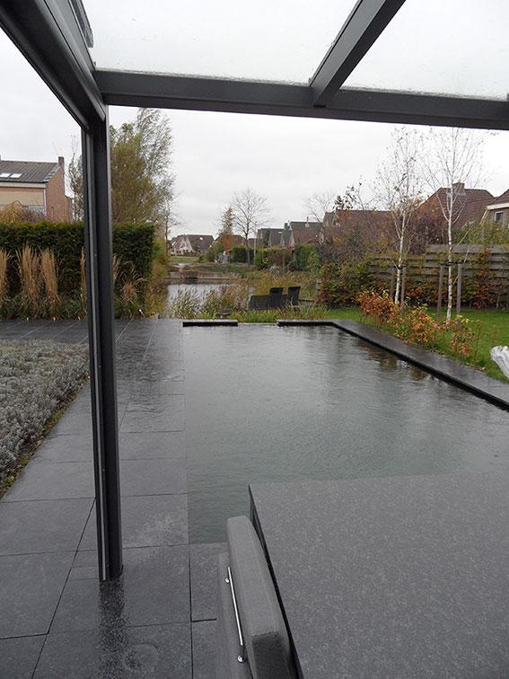 moderne-tuin-vijver-veranda