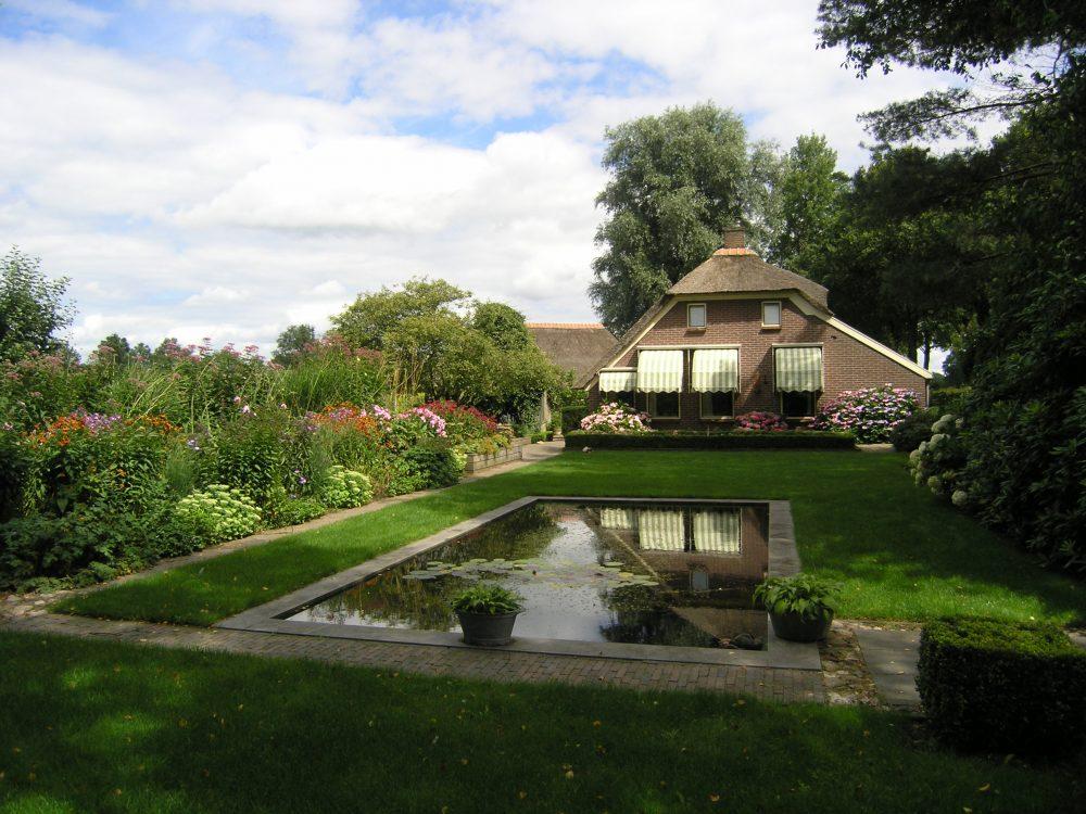 landelijke tuin drenthe bloemen onderhoudsvrij tuinontwerp tuinontwerper ©Groenerwaard
