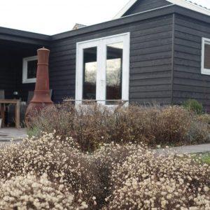 schuur tuinhuis cabin potdeksel overkapping tuinontwerp ©Groenerwaard