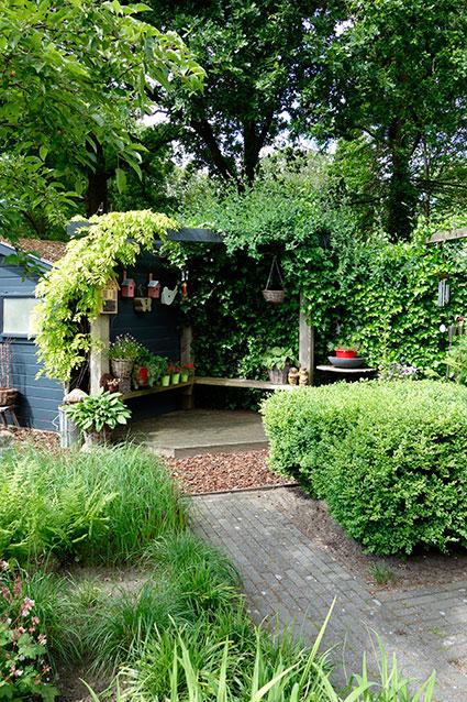 lekker-hoekje-in-de-tuin ©Groenerwaard
